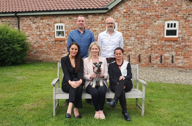 New Veterinary Recruitment Firm Pledges 25% of Profits to Charities
