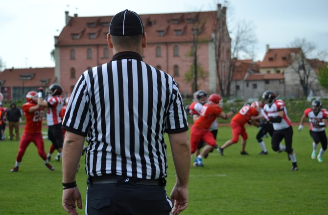 Why Refereeing Job Postings is Good for the Recruiting Industry