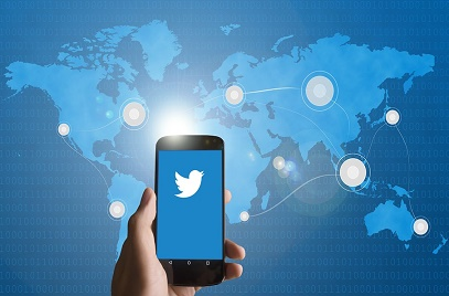 4 Clever Ways to Source Candidates on Twitter
